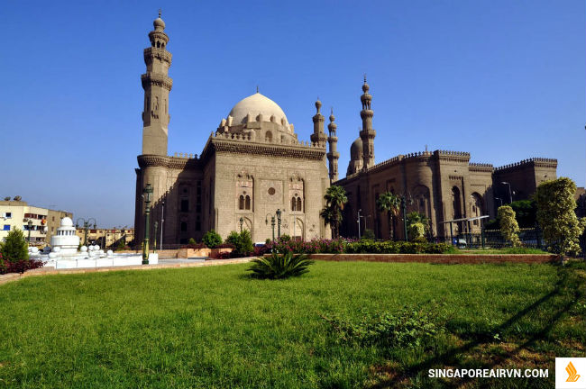 ve may bay di cairo singapore airlines