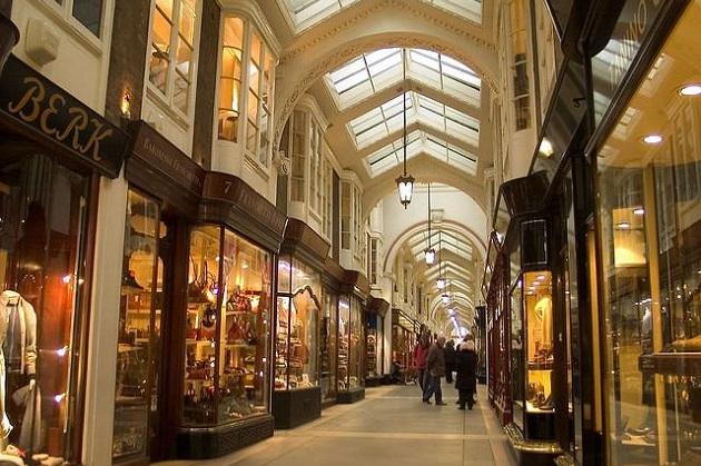Các địa điểm mua sắm nổi tiếng tại Vương quốc Anh