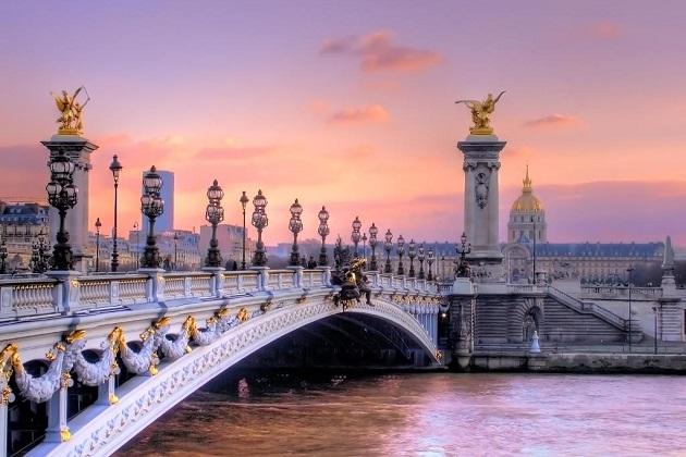 Chiêm ngưỡng những cây cầu đẹp nhất thủ đô Paris