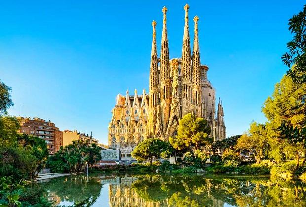 ve-may-bay-tu-tphcm-di-barcelona-19-10-2018-7
