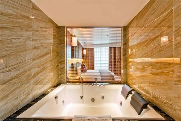 Phòng tắm Khách sạn Mường Thanh Buôn Mê Thuột
